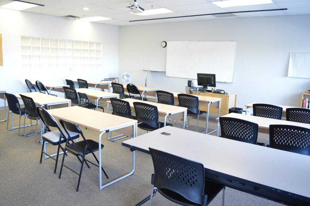 ca250_cdi-college_classroom01